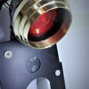 plaque-moto-feu-stop-laiton