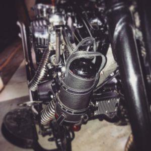support-cuir-réserve-de-carburant-hold-fast