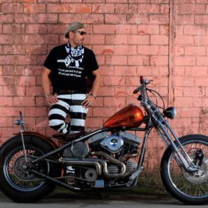 Pantalon-biker-prisonnier-bagnard-forcat-cuir-mappa-rayé-noir-blanc-bobber