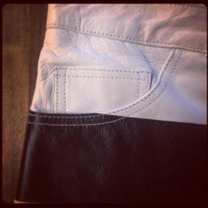 pantalon-rayé-noir-et-blanc-hold-fast