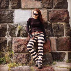 pantalon-moto-prisonnier-femme