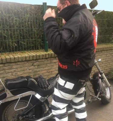 pantalon-cuir-prisonnier-bagnard-forcat-Manu-mcp-free-member-depart