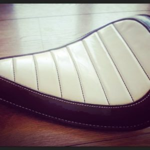 SELLE CUIR HOLD FAST «JAPAN STYLE»
