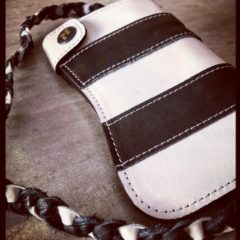 wallet-biker-leather-striped-black-white-customs-harley-davison-detail