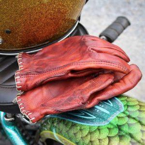 gants-cuir-rouge-biker