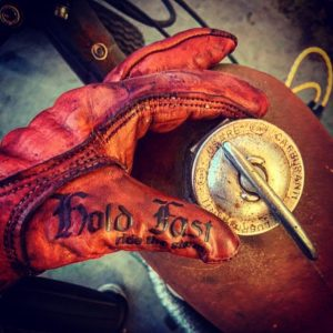 Biker-leather-gloves-Holdfast-motostuka