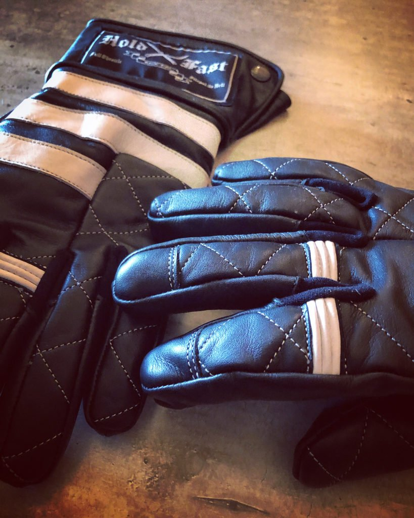 gants-prisonnier-style-cuir-moto-matelassés-vintage-holdfast